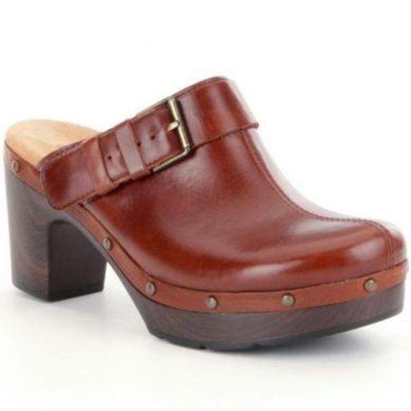 f063795fc509 Clarks Shoes - Clarks Ledella York Clog